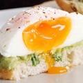 poached-egg-on-avocado