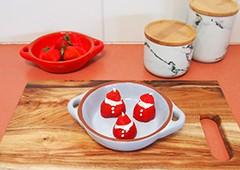 Easy Christmas strawberry Santas